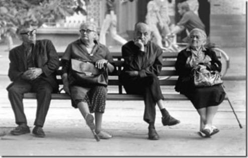 bejaardenopbankjeheel